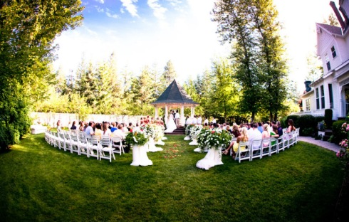 Wedding at Belle Vistorian Gardens, Spokane